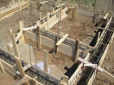 sapaturi-fundatie-pregatire-pentru-turnare-beton-204D246D7-C346-7F55-04AC-0F17E60F480B